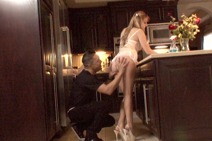 Lexi Belle Drilled 2