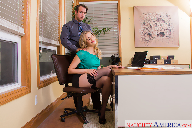 Naughty Office - Mia Malkova & C