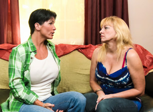 Women Seeking Women #73 Scène 4