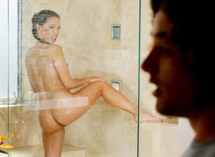 Sensitive Skin Scènes