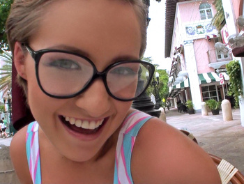 Vacationing Couple's Amateur Por