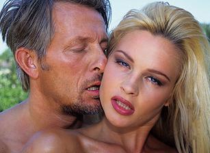Nordic Blondes Scène 1