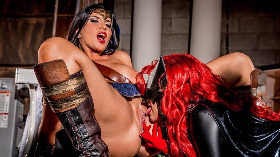 Justice League XXX An Axel Braun Parody, part 3 Scène 3