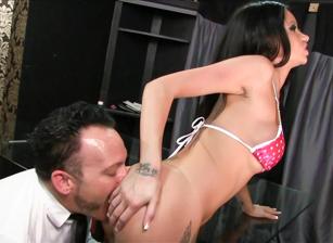 FemDom Ass Worship #24 Scena 1