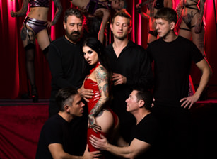 Joanna Angel Gangbang: As Above So Below Scènes