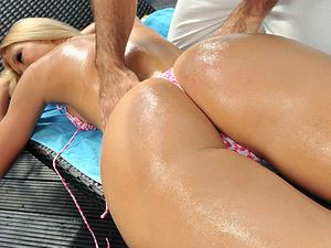 Erotic massage Scène 1