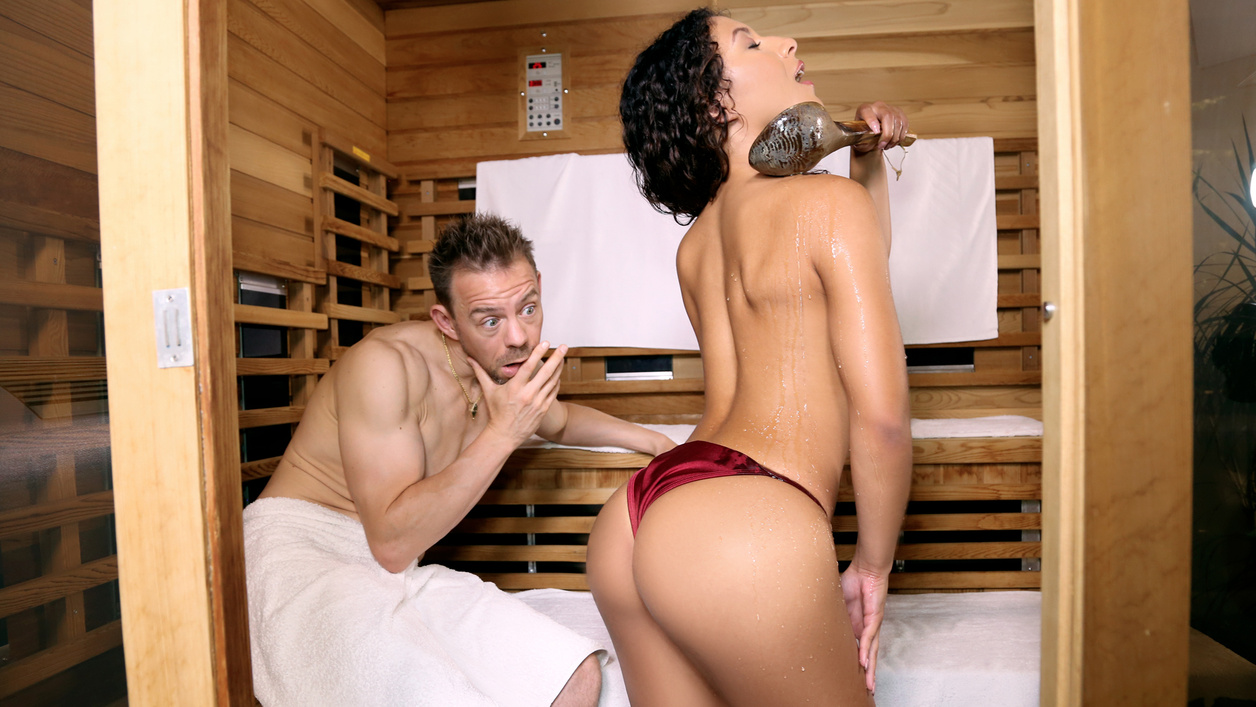 Sauna Seduction Scène 1