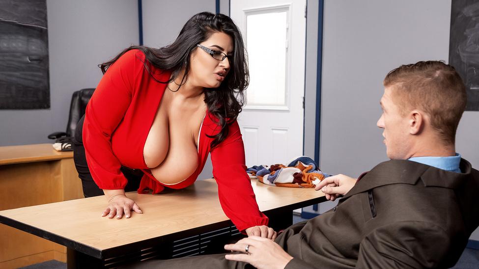 Disciplinary Action Escena 1