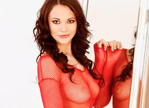 Sandra Ambrosia Magnificent Red