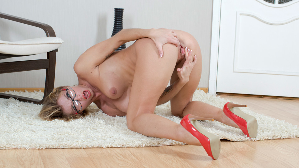 Mature Pussy Scène 1