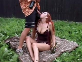 Exhibitionist couple fucking outside