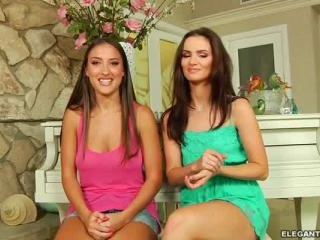 Lizz Tayler and Lily Carter, Fucking Flushed