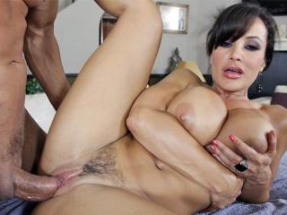 Beautiful Lisa Ann Oiled Up