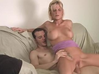 Hot Blonde Daisy Gives Screech Grind A Titty Fuck
