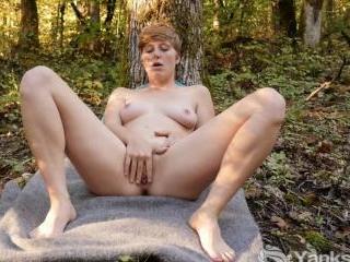 Aurora Odaire\'s Hot Clit Rubbing