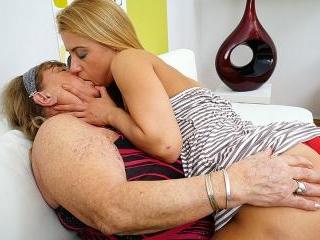 Lesbian-Alex345
