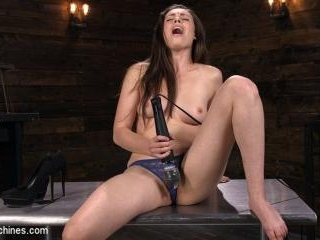 All Natural Sex Kitten Casey Calvert takes on Anal