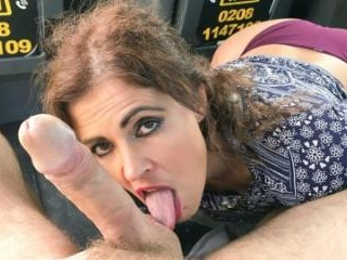 Big Sexy Spanish Ass Bounces In Cab