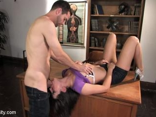 Blowjob & Deepthroat 101 with Sexy Bobbi Starr