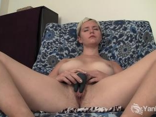 Claire Violette\'s Pulsing Pussy