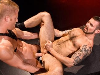 Labyrinth - Raging Stallion