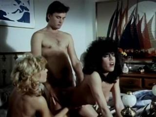 Lois Ayres, John Leslie, Nina Hartley in classic s