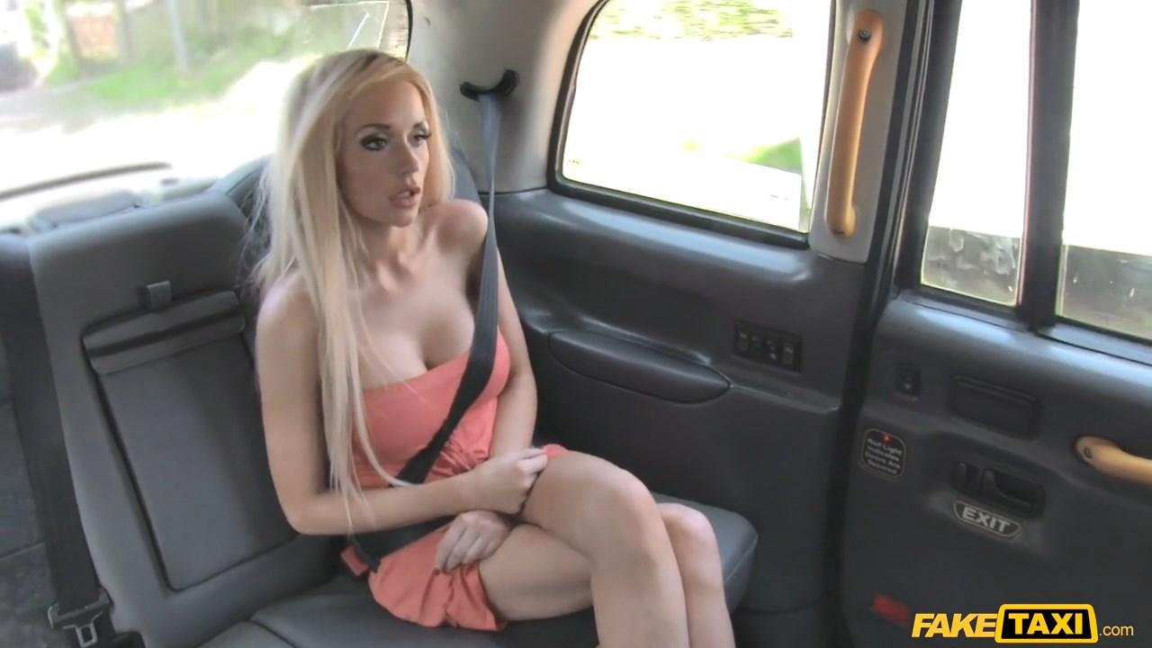примеру, убил возбужденную блондинку таксист головкой так заметен