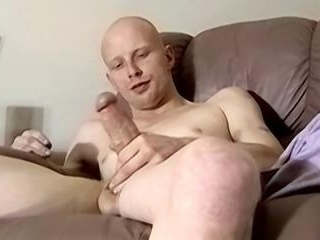 Bi Guy Tastes His Load! - Diamond