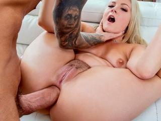 Lisey\'s Sweet Ass