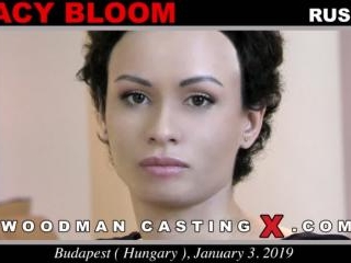 Stacy Bloom casting