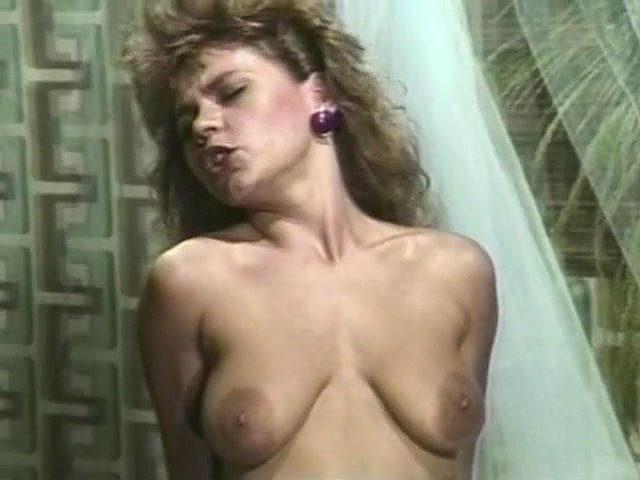 Alexis greco bambi allen crystal breeze in vintage porn - 3 part 10