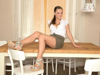 Delectable Tablemate