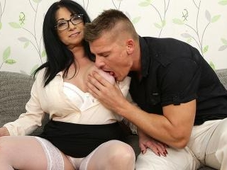 Big breasted small milf fucking a tall younger dud