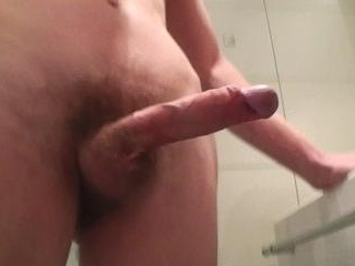 Dude with a hairy and smelly dick offering
