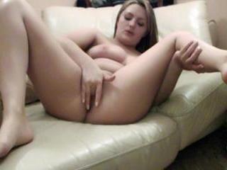 Chubby camgirl masturbating on webcam