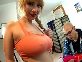 Busty young slut doing a porn sport tutorial