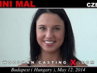 Anni Mal casting