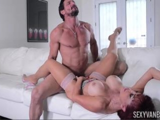 Latin MILF Sexxy Vanessa Sucks and Fucks Tommy Gun