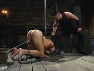 Bronze Submissive God Ian Greene gets Brutally Bea