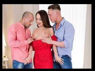 Red Dress Effect