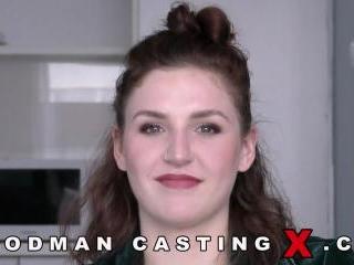 Lara Clif casting