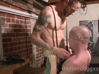 Patrick OConnor, Damon Dogg