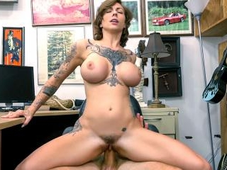 Tattooed Harlow gets needled and inked
