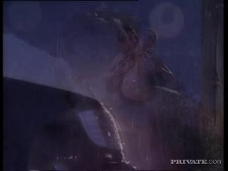 Sandra Iron in Hot and sexy in the rain