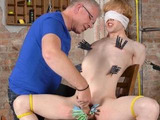 Cum Thief Pegs The Horny Boy - Johannes Lars & Seb