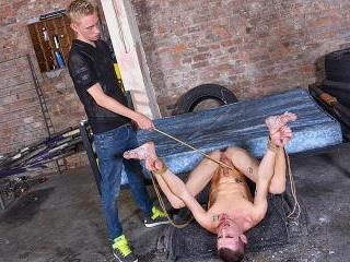 A Very Uncomfortable Fuck! - Michael Wyatt & Ashto