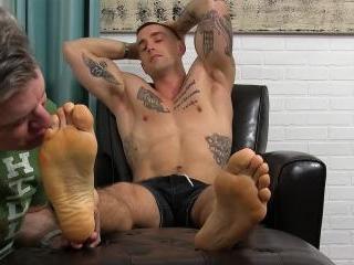 KC\'s Socks & Perfect Feet Worshiped