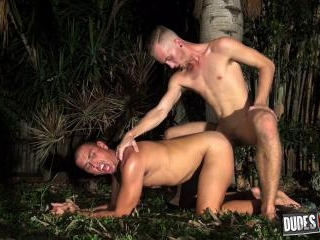 Luke Wilde Barebacks Crash Michael\'s Hot Hole