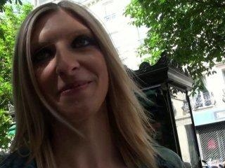 Cynthia, 26 ans, lilloise castée sauvagement dans