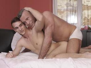 Orlando White gives his kinky sugar-daddy a hard f